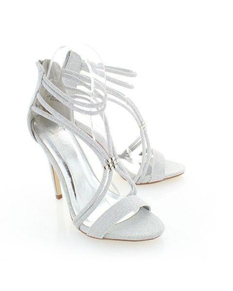 Menyasszonyi cipő Miben más a menyasszonyi cipő egy átlag elegáns cipőtől  7889383193