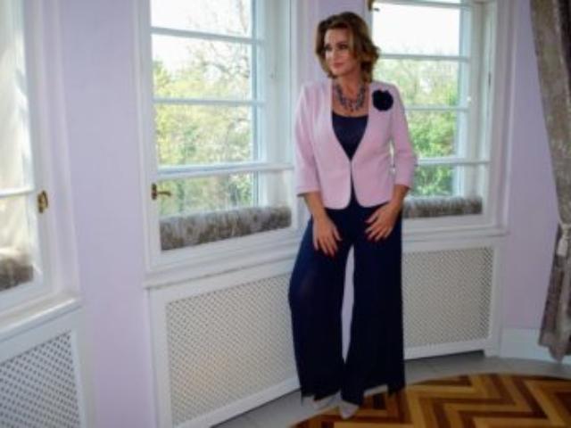 6e762ed8a8 Örömanya ruhák - Makausz Divat